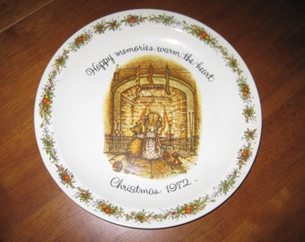 Vintage 1972 Holly Hobbie collectible plate Christmas
