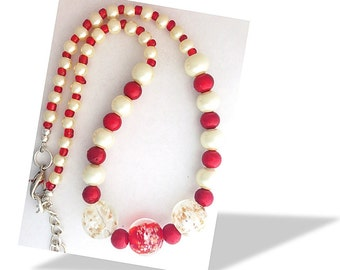"""Beaded necklace - Dark red and white 18 - 19"""""""