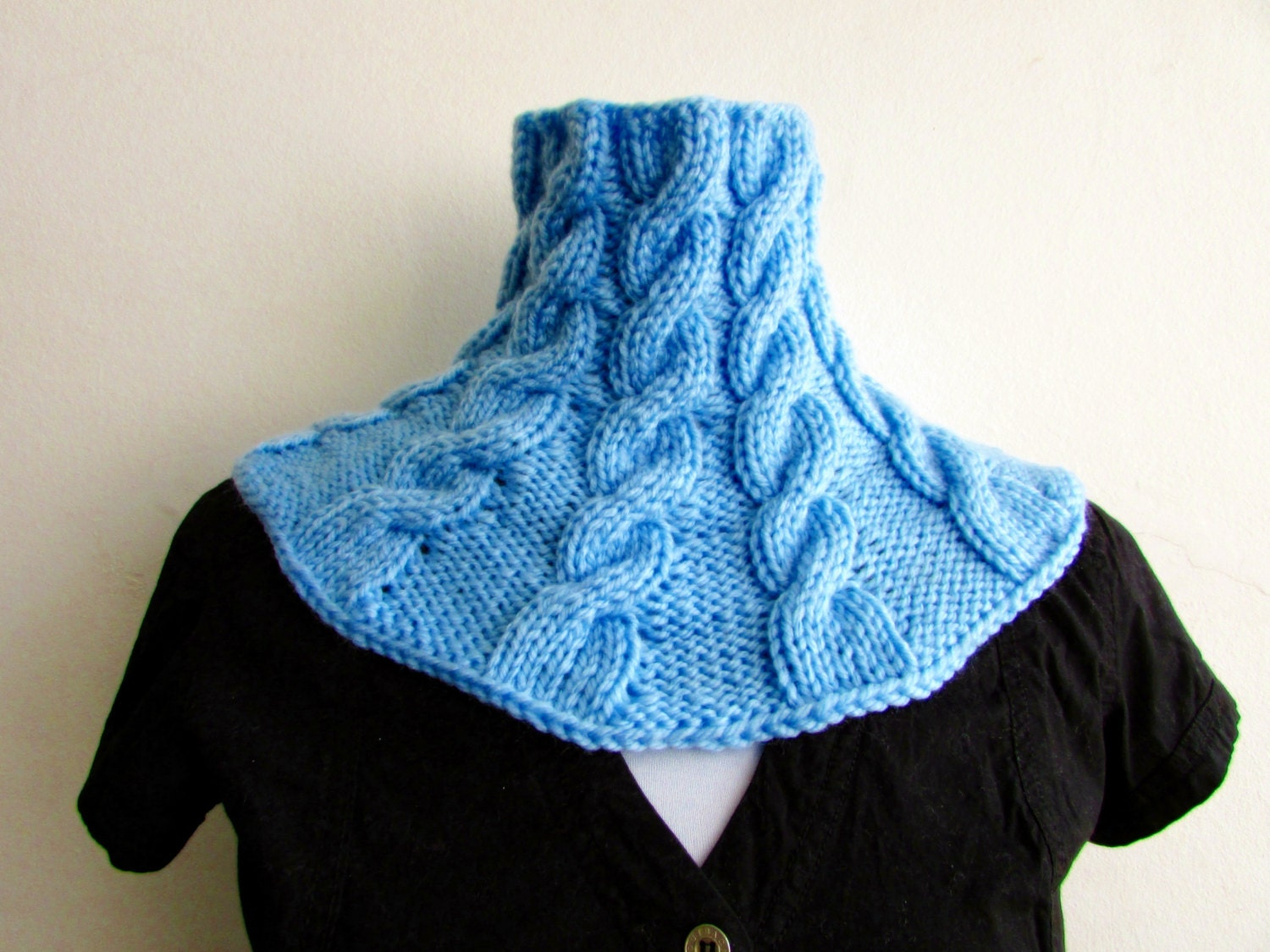 Knitting Pattern Cable Knit Cowl Vest : KNITTING PATTERN PDF Blueberry Cabled Cowl Knit Cabled