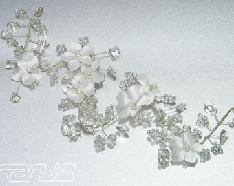 Estelle Bridal jewelry with rock crystal and flowers