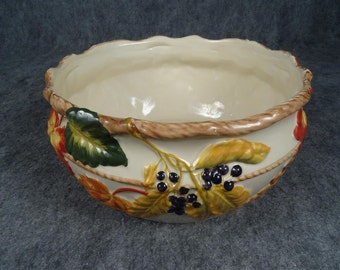 Vintage Harvest Ceramic Serving Bowl Autumn Leaves Design