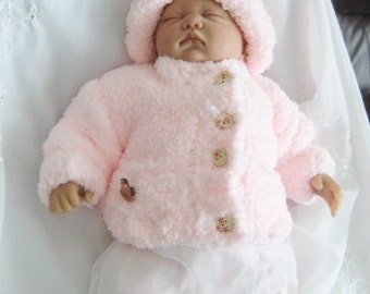 Baby girls knitted coat/cardigan 0/3 months