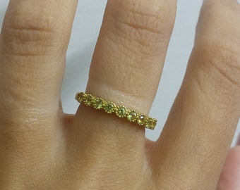 SALE!! Tiny Peridot Ring,Stack Ring,Bezel Set,Light Green Ring,Olive Slim Ring,Dainty Ring