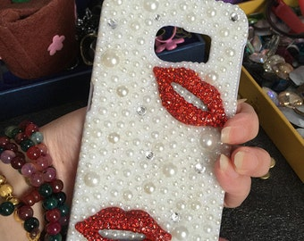 New Bling Pearls Luxury Sparkles Lovely Red Lips Fashion Charms Jewelled Crystals Rhinestones Diamonds Gems Hard Cover Case for Mobile Phone