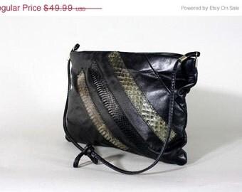 ON SALE Vtg 80s Black Snakeskin Leather Purse Snake Stripe Bag