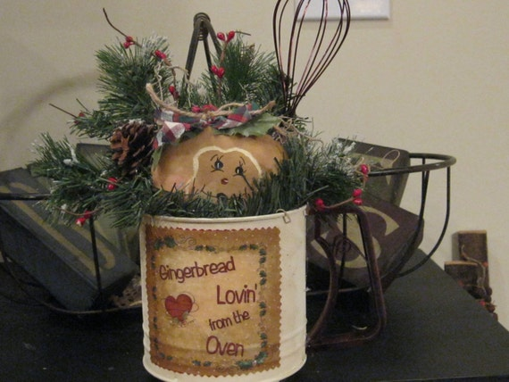 Gingerbread Decoration - Holiday Decoration - Christmas Flour Sifter
