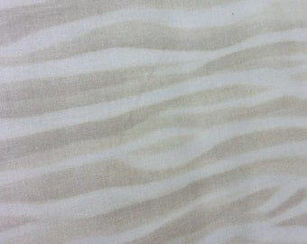 Timeless Treasures GM C2184, Sand pattern with shades of cream