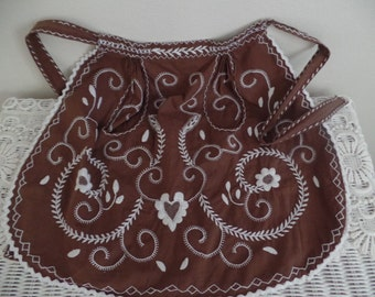 Vintage Apron: Extra Small, Brown, Embroidered