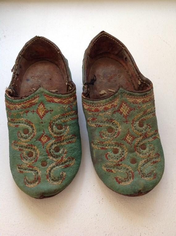 Old Vintage Afghanistan wedding shoes