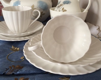 Vintage Tea Set - Tea Cups, 2 Saucers and 2 Side Plates. Classic White Swirl Design.  Scalloped Edges.  Fine Bone China