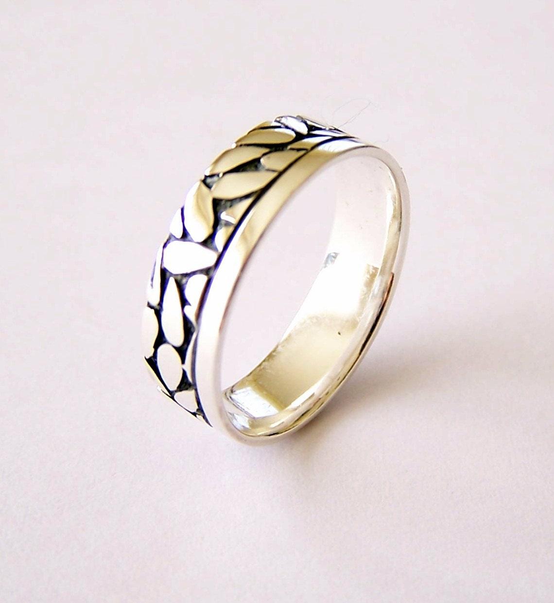 promise rings for men with leaves rings for men for. Black Bedroom Furniture Sets. Home Design Ideas