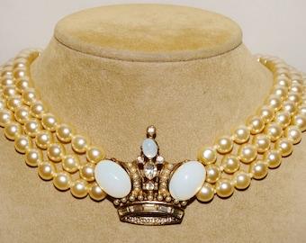 Vintage B W designer Pearl & Crown Necklace.