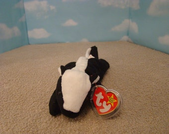 Ty Beanie Babies - Stinky the Skunk Style 4017