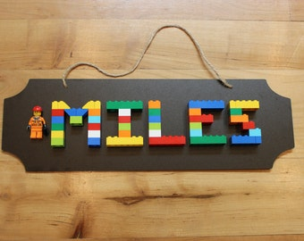 LEGO Name Sign 4-6 Letters with Minifigure