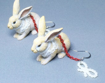lace rabbit with red chain and pearl (001)