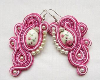 Pink earrings Handmade earrings Soutache earrings Shabby earrings Pink & White earrings Gif Handmade gift Dangle earrings Trending earrings