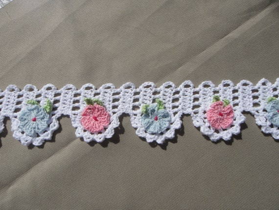 Items similar to Valance. Crochet Flowers Valance. Doorway ...