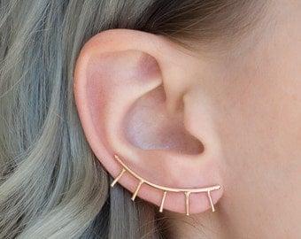 Eyelash Statement Trendy Minimal Ear Climber / Evil Eye Ear Crawler / 14k Yellow Gold-Filled / Single Earring