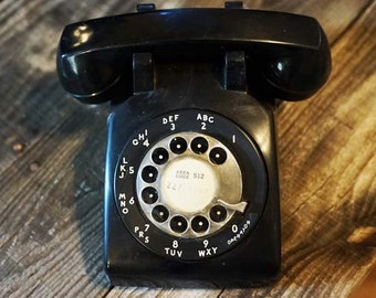 Mid Century Vintage Bell Systems Rotary Phone