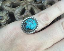 Sweet little vintage Turqoise Ring