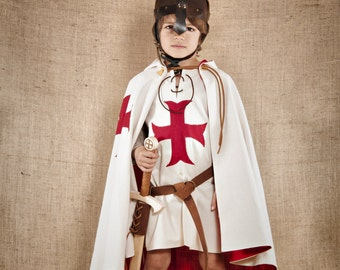 The complete Knight Templar Costume for kids