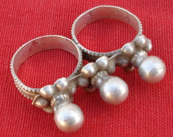 ethnic tribal old silver double ring rajasthan india