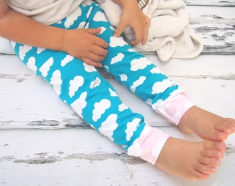 Girls leggings , girls clothing , girls clothes , girls pants, cloud leggings , baby leggings , toddler leggings , printed leggings , blue