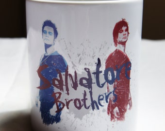 "Mug ""SALVATORE Brothers"" - The VAMPIRE DIARIES / Stefan Salvatore / Damon Salvatore"