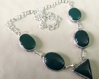 Green Onyx Necklace, Statement Necklace, Gemstone Necklace, Bib Necklace, Silver Necklace