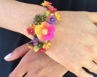 WOW POP OF Color Fiesta Handbeaded bracelet by Colleen Toland