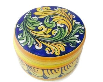 trinket box - pottery box - keepsake box - jewellery box