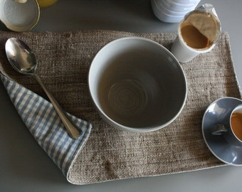 Placemats in nettle
