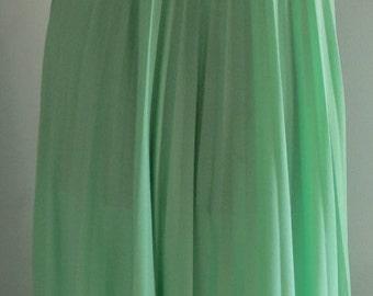 Vintage Lime Green Goddess Maxi Dress Accordion Full Pleat 10-12 needs a little TLC