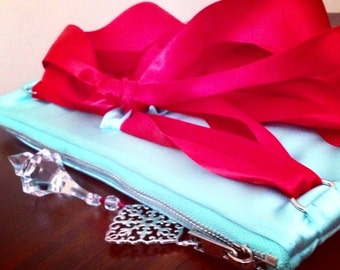 The 'Gift of Love' clutch from The 'Tiffaney' Collection