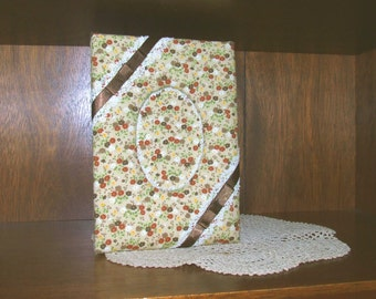 Vintage Handmade Beige Calico Fabric-Covered Picture Photo Frame