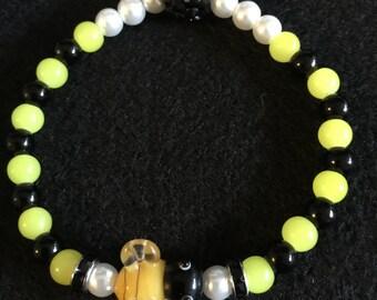 Lampwork Bee Stretch Beaded Bracelet