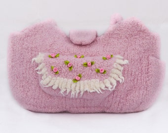 Knit felted bag - rose pink and ribbon roses