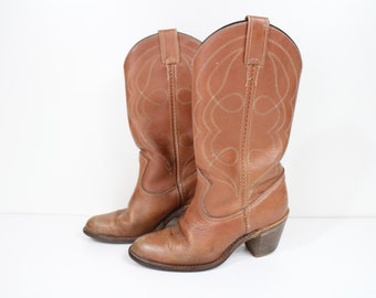 70s Size 5.5 classic vintage genuine leather cowboy boots / southwestern boots / brown boots / motorcycle boots
