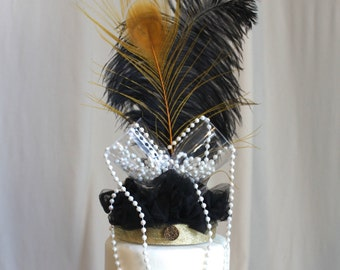 Gatsby, Roaring 20s black and gold with pearls cake topper, Flapper