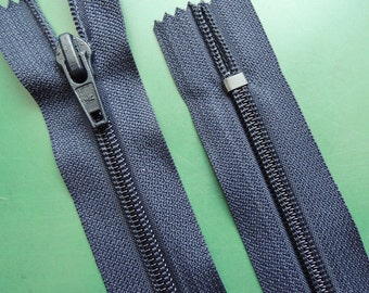 10 Inch | dark blue | zipper | closed bottom | Nylon | No. 5