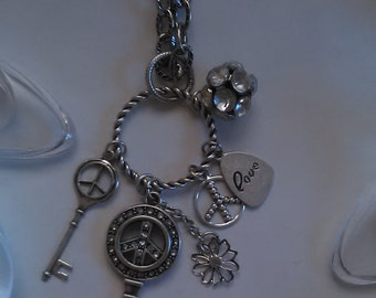 Chunky Long Metal Key Luxury Charm Style Necklace