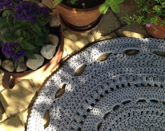 gray circle rug crochet