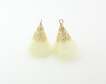 T000302/Ivory/Gold plated over brass+Silk/Rose petal motivated tassel pendant/5mm x 23mm approx/2pcs