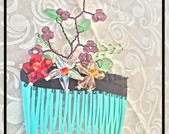 Hand-Beaded Floral Hair Comb