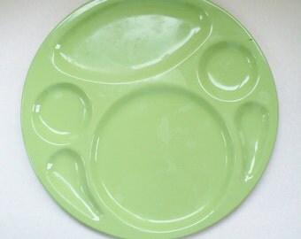 John's Service Plate, Made in Hollywood CA, Green Enamel, Divided Plate, Serving Plate, Green and Black, Hollywood Tray, Commissary Tray