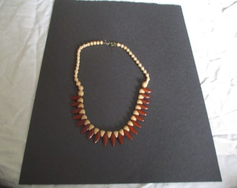 Lovely Like New Vintage Necklace