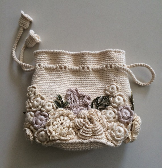 Crochet Small Bag : Bag small handmade Irish lace. Crochet, decorated with flowers. Style ...