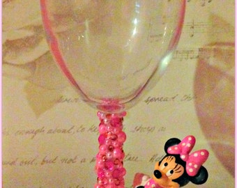 Disney Minnie mouse clasping hands Wine Glass
