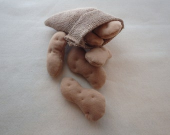 Felt Pretend Play Potatos in Burlap Sack