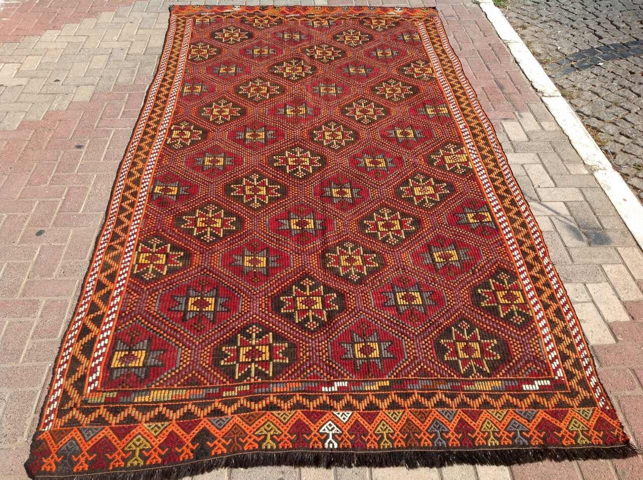 Large area rug red embroidered kilim rug vintage by for Large red area rugs